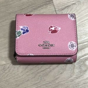 Disney X Coach Small Wallet Snow White Gems Print